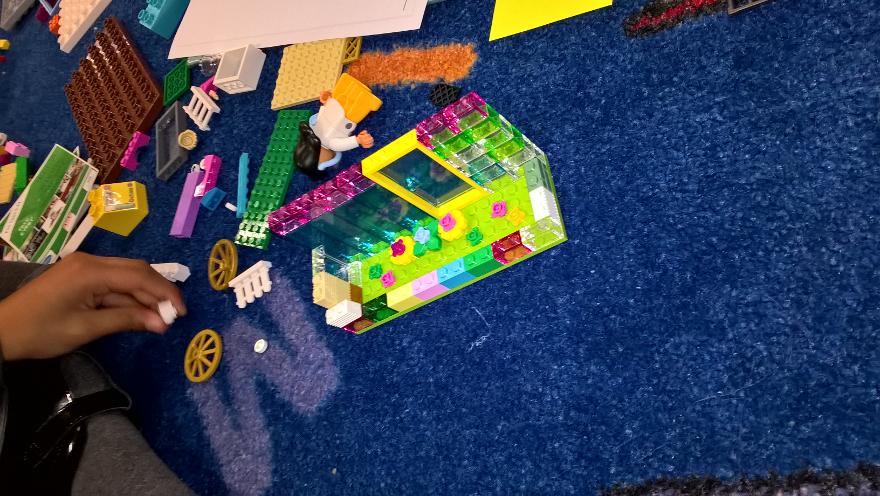 My Story Project: Happy Family (by Raz #playfulstorywriting)